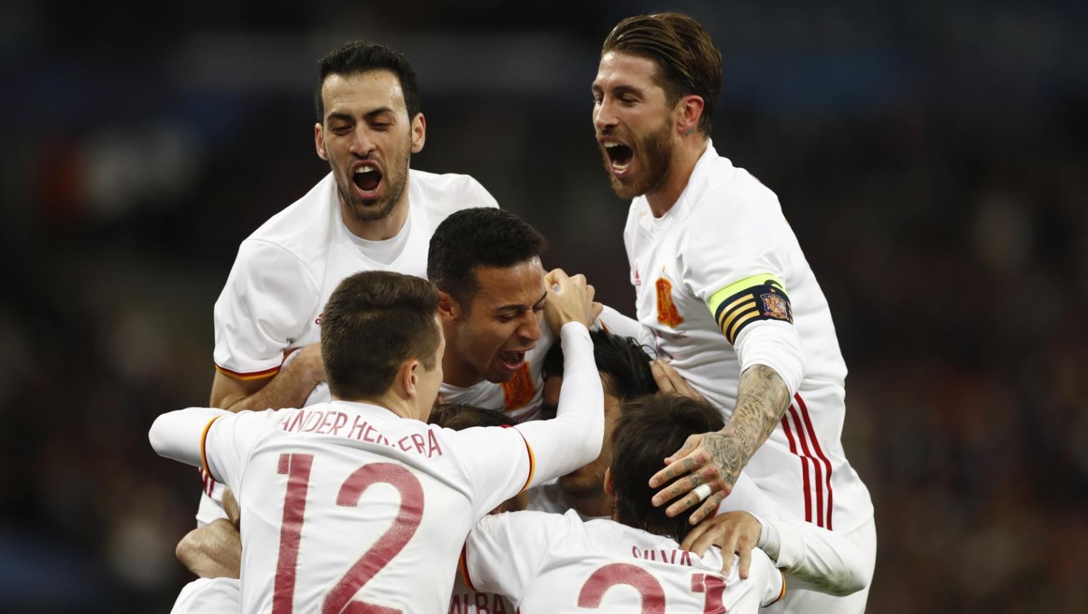 Photo of دوري الأمم الأوروبية: انكلترا تنهزم على أرضها أمام اسبانيا 2-1