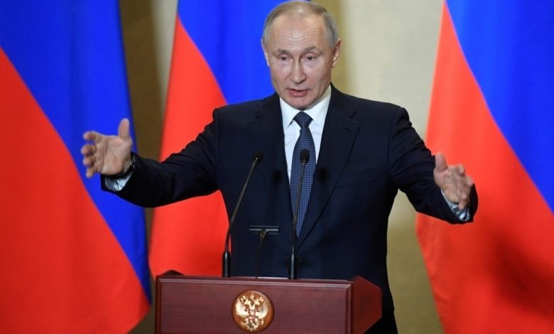"""Photo of رسميا أعلن فلاديمير بوتين الرئيس الروسي، صباح اليوم الثلاثاء  أن بلاده سجلت أول لقاح ضد """"فيروس كورونا"""" في العالم."""